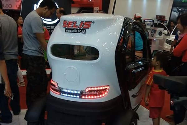 Spesifikasi dan Harga Motor Listrik Selis November 2017