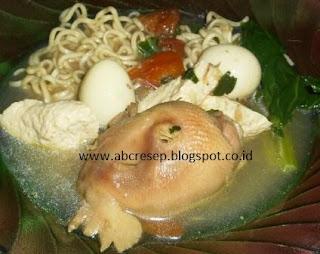 Sup Kepala Ayam Telur Puyuh