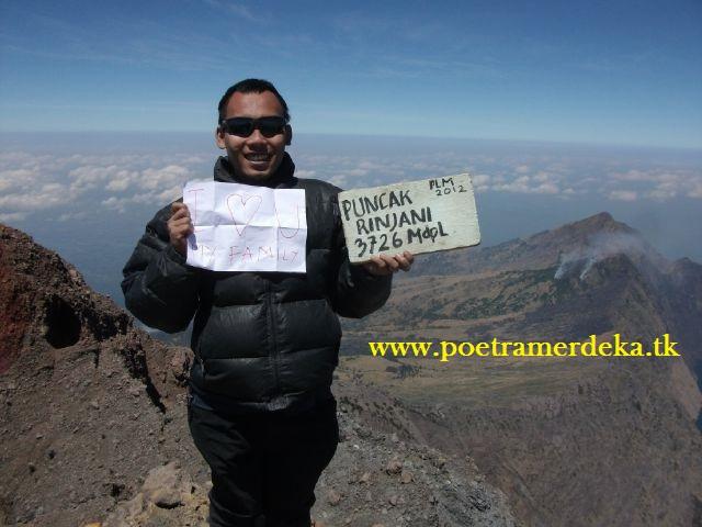Mendaki Gunung Rinjani ; Eksotisme Indonesia