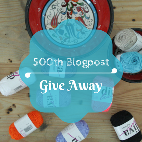 Happy in Red: 500 blogpost Give Away