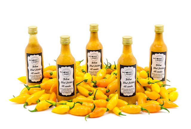 Yellow chili sauce 5 bottles with chili