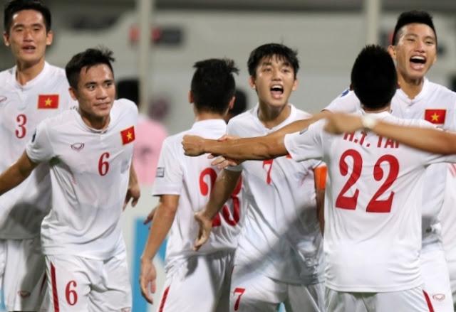 U19 Việt Nam - U19 Bahrain: Cảm xúc thăng hoa