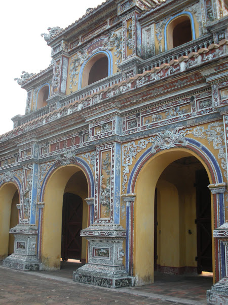 Puerta Chuong Duc. Ciudadela de Hue, Vietnam