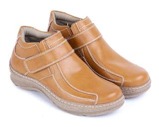 Sepatu kerja pria murah,sepatu kerja semi casual,sepatu kerja ciabduyut bandung,gambar sepatu semi formal,sepatu kerja lapangan garsel