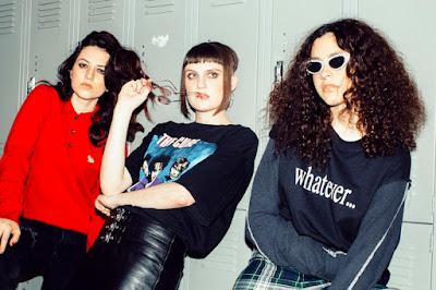 Muna Band Picture