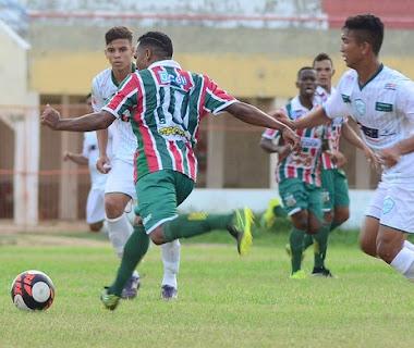 Baraúnas e Alecrim empatam em 1 a 1 no Nogueirão