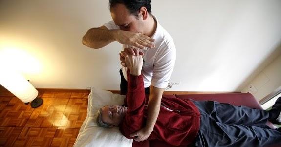 https://3.bp.blogspot.com/-IwtOnwGGakg/Vtr3TVCicII/AAAAAAAAB6s/id468iyU0w0/w1200-h630-p-nu/ataxia-fisioterapia.jpg