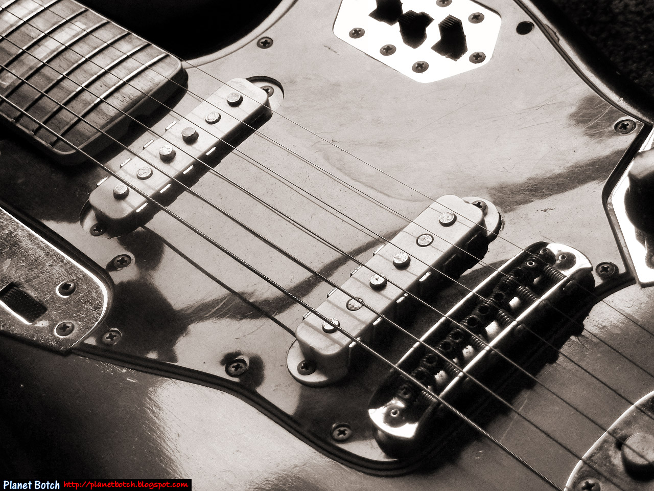 small resolution of the jaguar s circuit is more convoluted than the jazzmaster s and it has the built in danger of allowing both pickups to be switched off