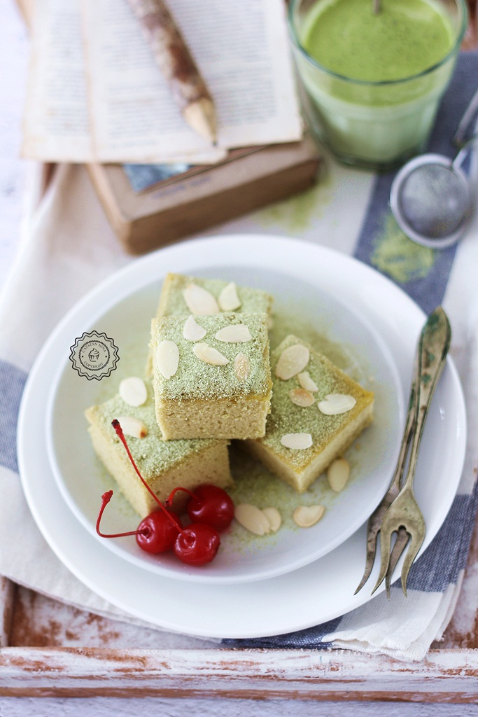 GREEN TEA LATTE CAKE