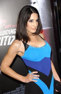 Sexy Bikini Celebrity Gallery: Apr 8, 2012