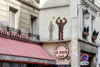 Sunday Street Art : Invader - rue Dauphine - Paris 6