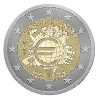 10 vuotta euro kolikoita ja seteleitaä erikoislyönti