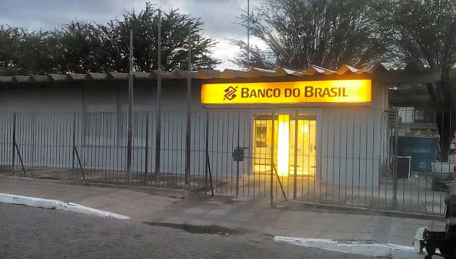 Resultado de imagem para imagens da agencia do banco de jatauba