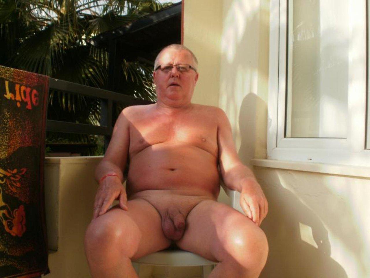 mature men dick spy gay