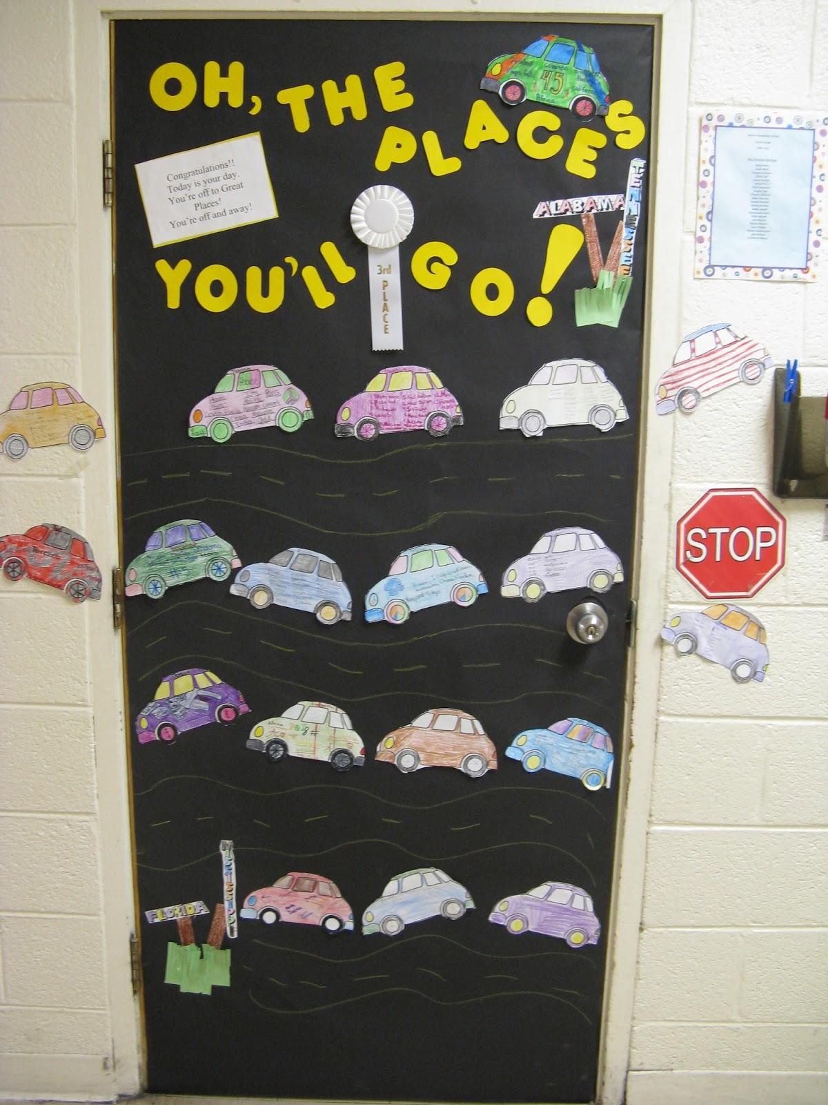 Room mom 101 door decorations using cars for Idea door yw
