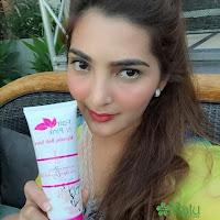 Testimoni Pemakaian Fair N Pink Whitening Body Serum 160ML Asli Murah Artis Ashanty