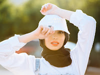 Kontroversi Noor Tagouri, Hijabers Pertama Tampil di Majalah Play Boy