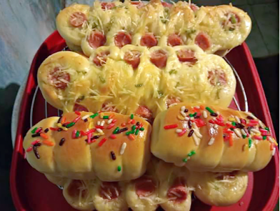 Gambar Resep Aneka Roti Manis Hotdog Yang Lembut