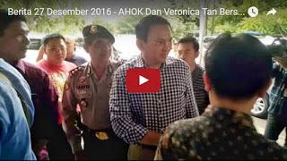 AHOK Dan Veronica Tan Bersama 2 Anaknya Ikuti Misa Natal 2016 Di Gereja