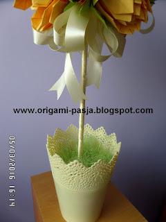 doniczka plastikowa, sizal, wstążka, drzewko, kwiat