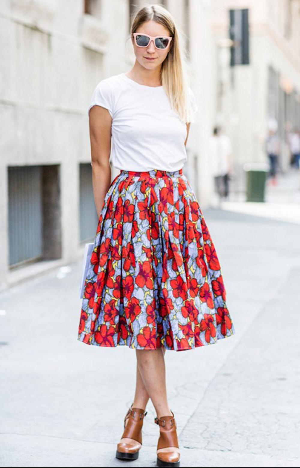 t-shirt bianca abbinamenti eleganti