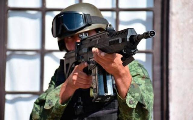 """VIDEO: Así es el fusil FX-05, la """"Serpiente de Fuego"""" del Ejército"""
