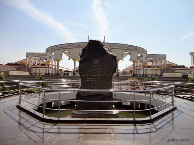 tempat wisata semarang - masjid agung jawa tengah MAJT