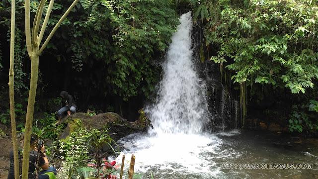 Air terjun Putri Ayu.