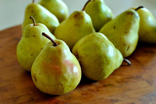 Bartlett-Pears-tasteasyougo.com