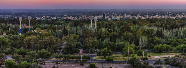 Vista do Cerro de la gloria em Mendoza na Argentina