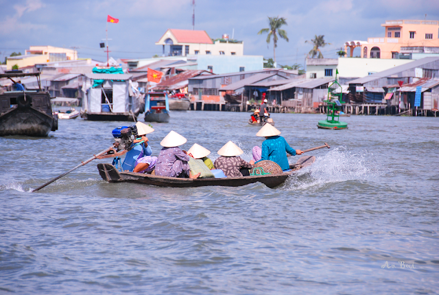 Go on floating Market - Đi chợ nổi