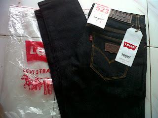 Celana Jeans Wanita warna gelap, celana jeans wanita biru