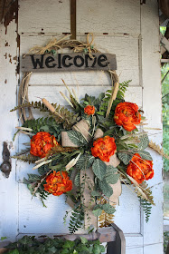 Lariat rope wreath with welcome sign