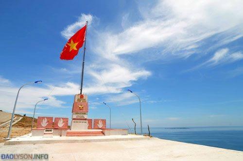 Cột cờ chủ quyền Đảo Lý Sơn - Hình 9