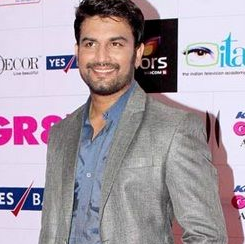 Sharad kelkar wife, movies and tv shows, family, biography, movies, age, wiki