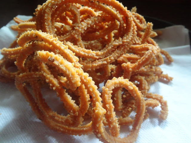Easy to make healthy jowar sorghum chaklis spicy murukus for Diwali or Janmaashtami