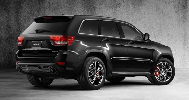 Hellcat-Powered-2017-Jeep-Grand-Cherokee-SRT-Trackhawk-black-rear