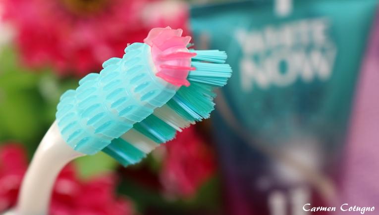 spazzolino denti guance