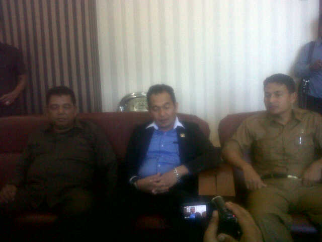 DPRK Aceh Singkil : Kami Akan Pelajari Tuntutan Front Ummat Islam
