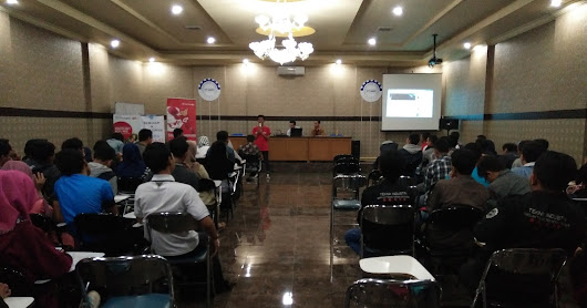 "Seminar Kewirausahaan ""Be Enterpreneur"""