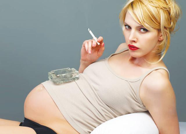 تدخين الحامل يُصيب مولودها بهذا الاضطراب