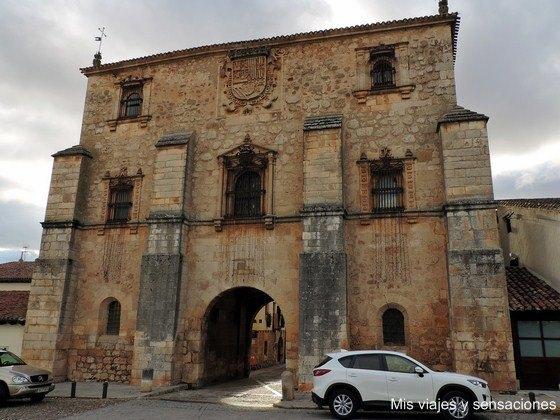 Archivo del adelantamiento de Castilla, Covarrubias, Castilla y León