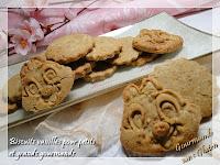 http://gourmandesansgluten.blogspot.fr/2013/09/biscuits-vanilles-sans-gluten-pour.html