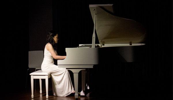 private piano lessons - music teacher - piano teacher - Bacolod music school- Bacolod piano teacher