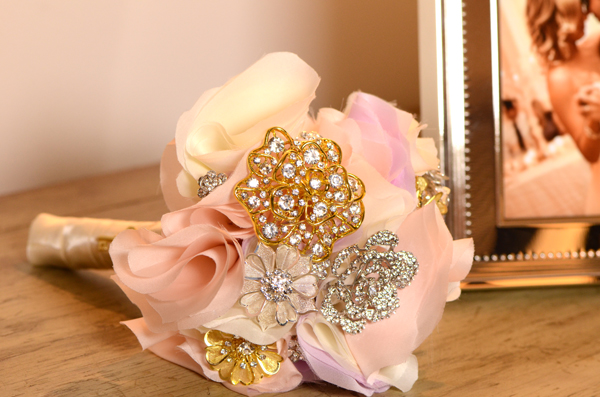 Heirloom Bridal Bouquet Using Vintage Brooches image tutorial diy