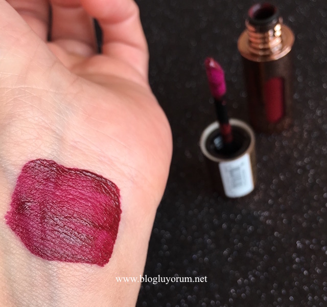 flormar new age matte liquid lipstick 06 seductive cherry swatch