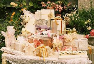 про свадебные подарки