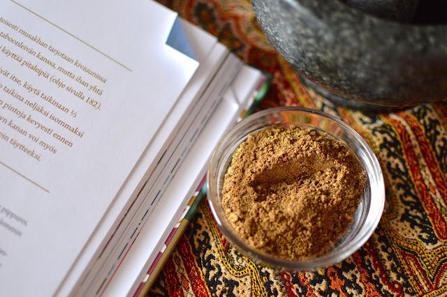 Andalusian auringossa. Kulinaristiretkiä Jerezistä Jerusalemiin