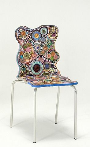 krzesło z papieru