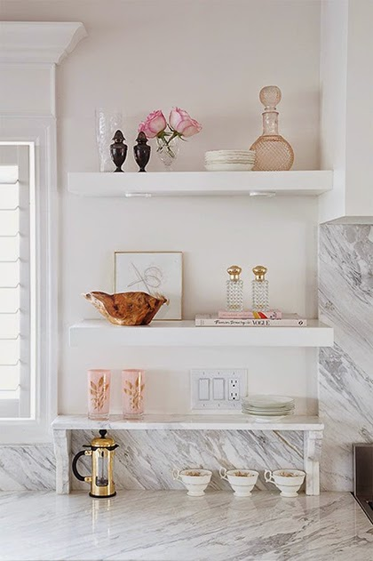 Marble counter, pink and copper accents - Interior Trend